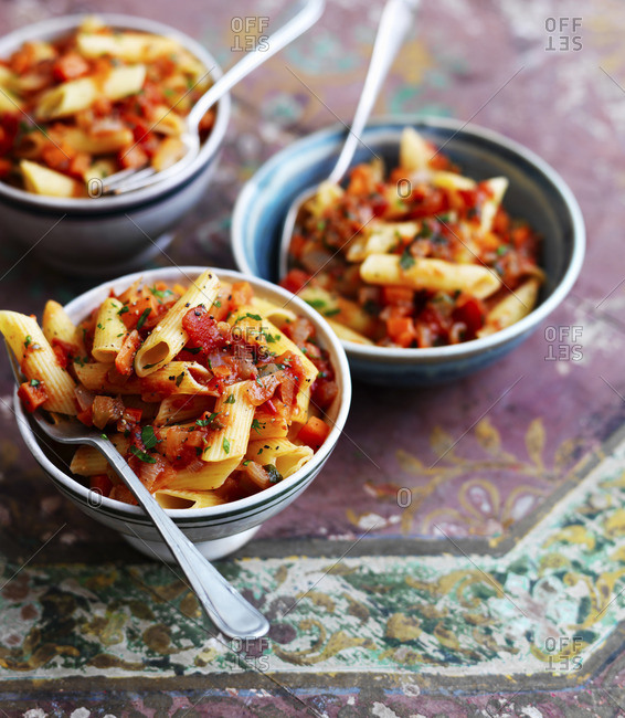 Penne Primavera with tomatoes and onions