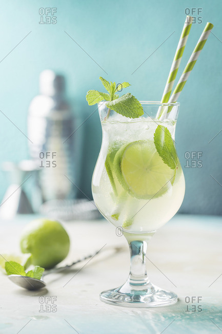 Mojito cocktail with lime and mint