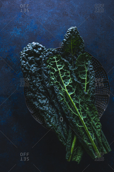 Kale leaves on a steamer