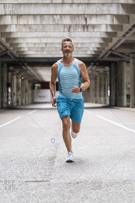 Sporty man jogging - Offset Collection