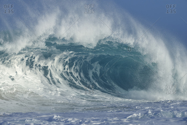 USA- Hawaii- Oahu- big wave