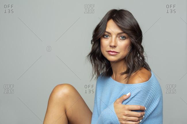 Portrait confident, sensual woman