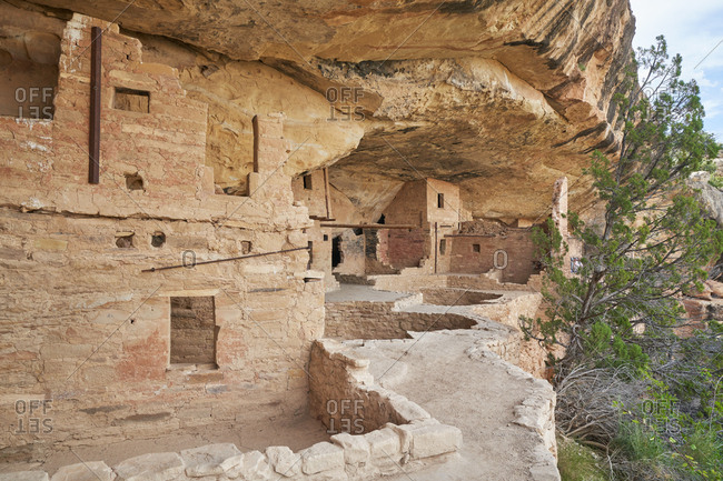 View of ancient cliff dwelling in Mesa Verde National Park, Colorado