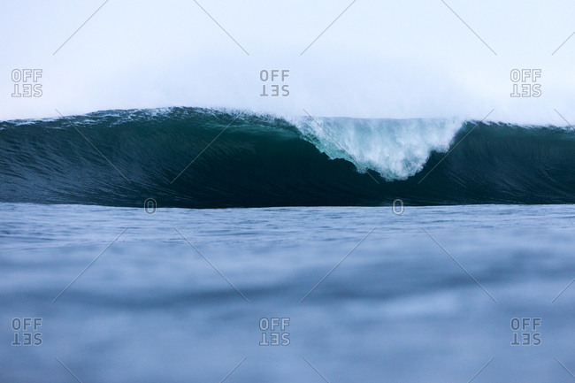 Large wave rolling in the ocean