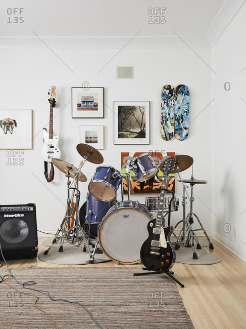 Los Angeles, California - May 18, 2019: Drums and guitars set up in corner of a room