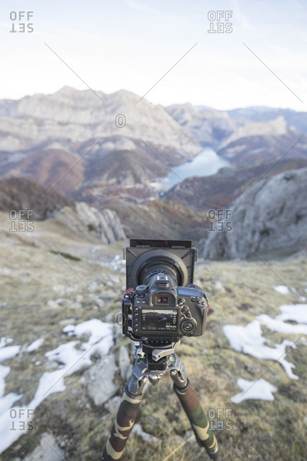 Mountain view with camera in live mode