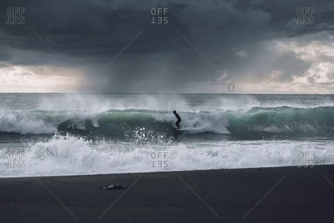 Cold surf session