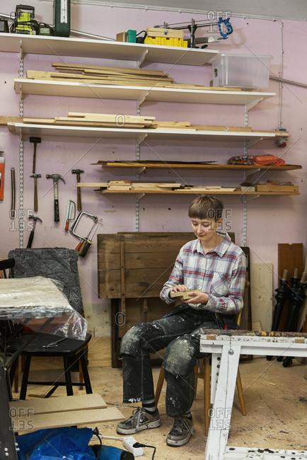 Carpenter in workshop - Offset Collection