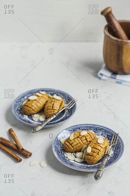 Kalburabasti, a cinnamon and almonds traditional Turkish dessert