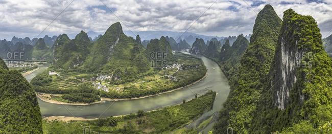 Guangxi guilin lijiang river scenery
