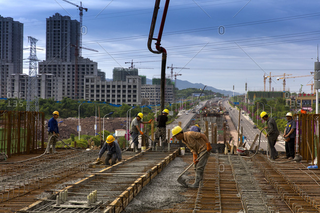 September 11, 2019: Construction of chongqing light rail transit line 5
