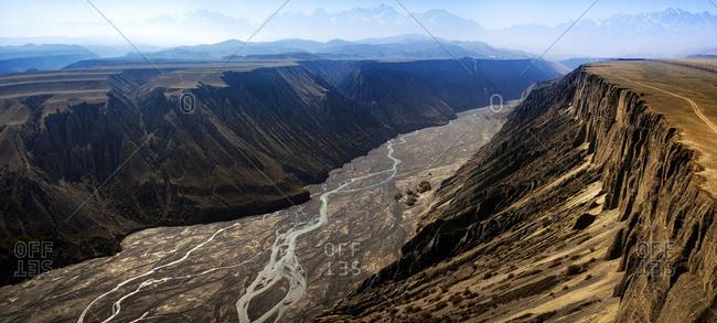 Xinjiang kuytun grand canyon - Offset