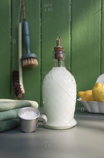 Dish liquid in nostalgic glass bottle