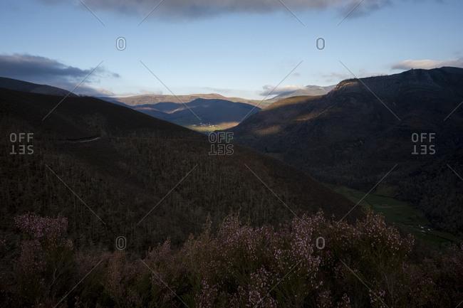 Afternoon light over the mountains surrounding Muniellos, Asturias, Spain