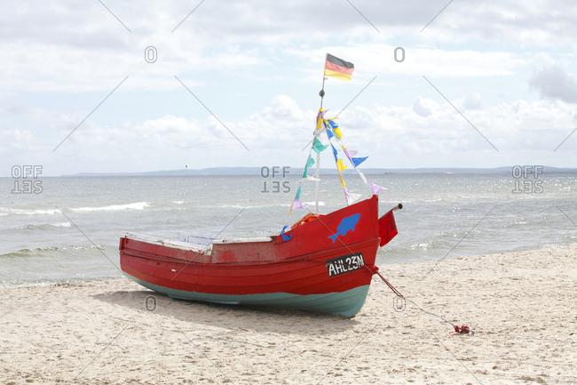 January 1, 1970: Fischerboot am Strand  in  Ahlbeck, Ahlbeck, Insel Usedom, Mecklenburg-Vorpommern, Deutschland, europa