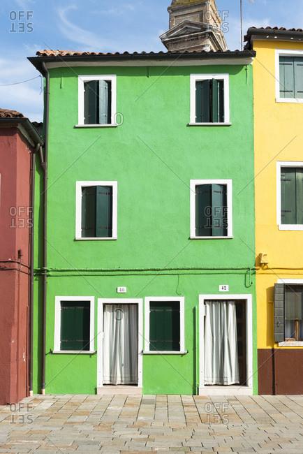 grn gestrichenes Haus in Burano