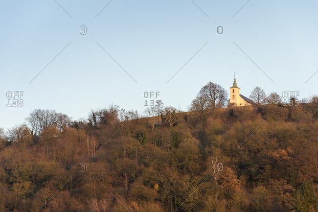 Deutschland, Baden-Wrttemberg, Bruchsal, die Michaelskapelle auf dem gleichnamigen Berg bei Untergrombach im Abendlicht