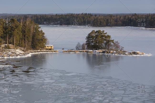 Finnland, Helsinki, Schreninsel im Eis