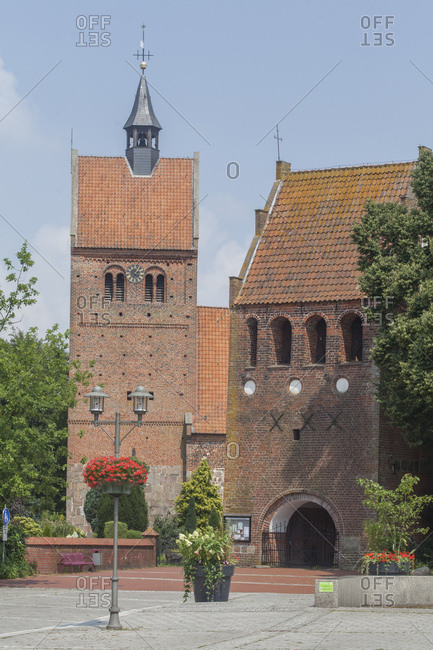 January 1, 1970: Deutschland, Niedersachsen, Bad Zwischenahn, Glockenturm mit Sankt-Johannes-Kirche