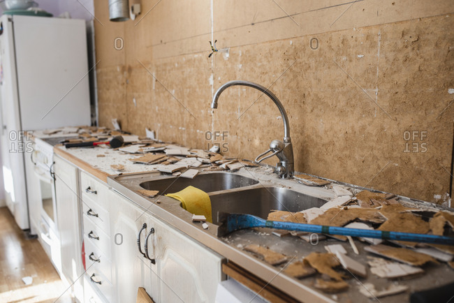 Renovating of a kitchen.
