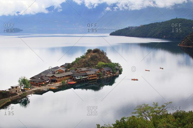 Sichuan lugu lake scenery