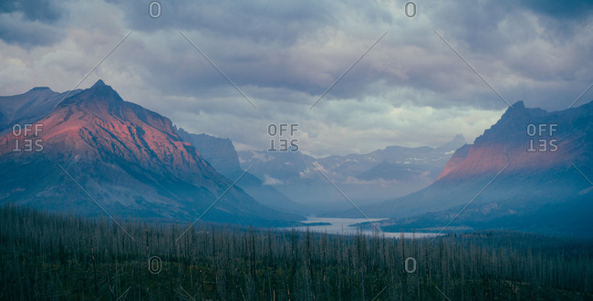 Sunrise at the Saint Mary Lake in Glacier National Park