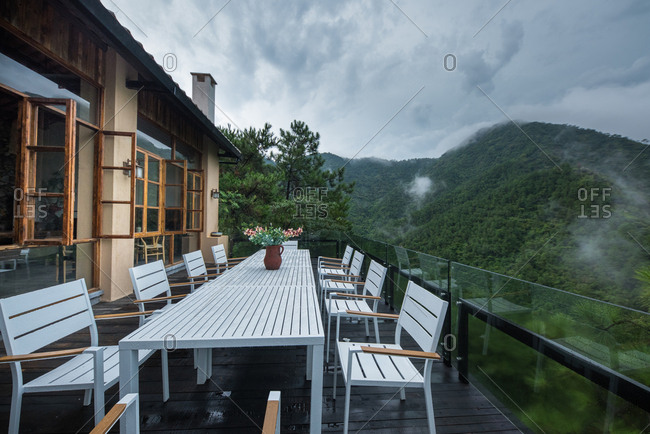 A home stay facility platform in the mountains