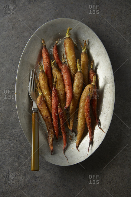 Baked carrots on plate
