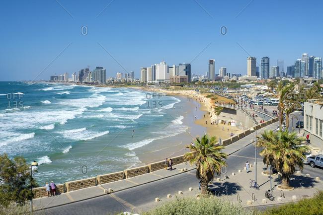 Israel, tel aviv district, tel aviv-yafo - may 21, 2017: tel aviv beachfront and skyline