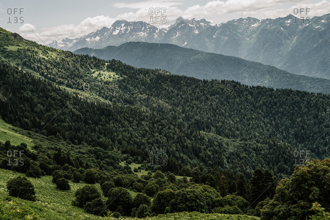 Tonal perspective in the mountain landscape
