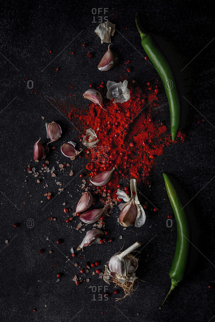 Garlic chili powder and green chili ingredients
