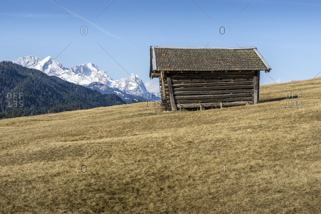 Germany, bavaria, bavarian alps, gerold, heustadl in front of the scenery of wetterstein range
