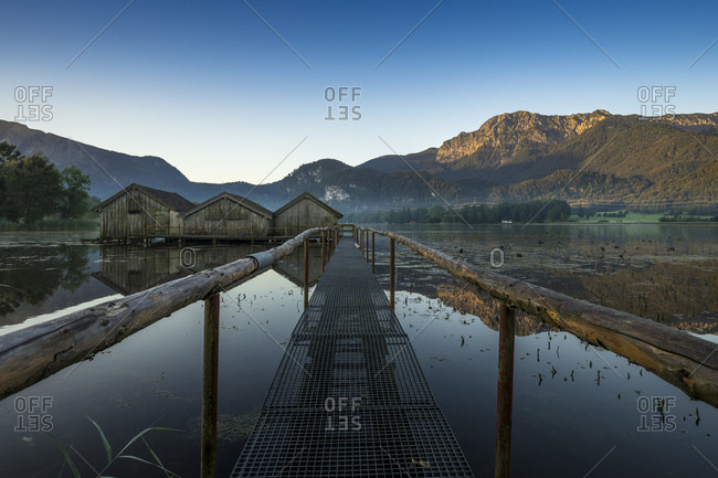Germany, bavaria, bavarian alps, kochel, morning mood at the kochelsee with view at the herzogstand