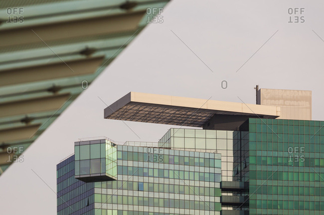 Austria, vienna, part of town the danube city, saturn tower, office building, glass front