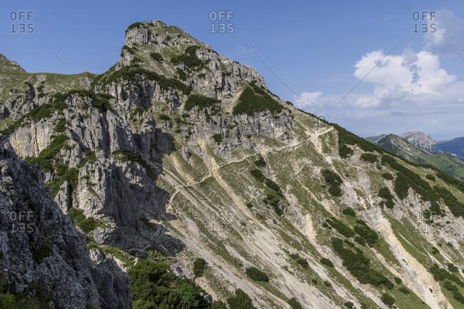 Germany, bavaria, bavarian alpine upland, garmisch-partenkirchen, slope crossing below the kramerspitze