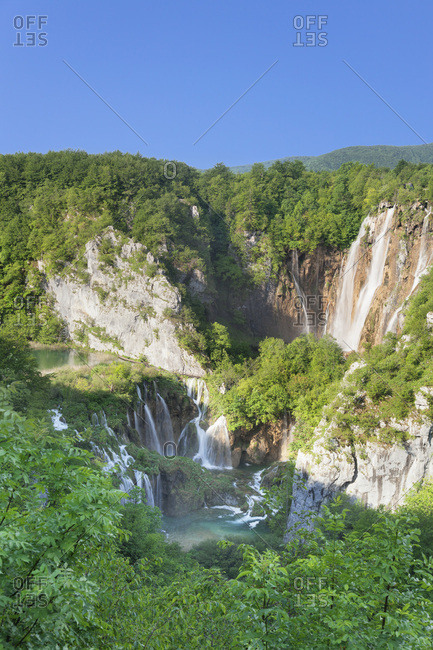 Waterfall veliki slap, national park plitvicer lakes, unesco world nature heir, croatia