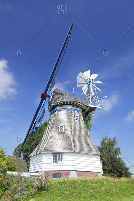 Windmill immanuel, type mountain dutchman, kronprinzenkoog, ditmarsh, schleswig holstein, germany