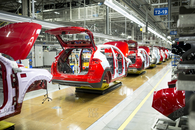 Modern automatized car production in a factory