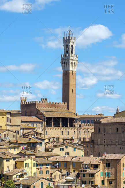 Palazzo Pubblico and Torre del Mangia, UNESCO World Heritage Site, Siena, Tuscany, Italy, Europe.