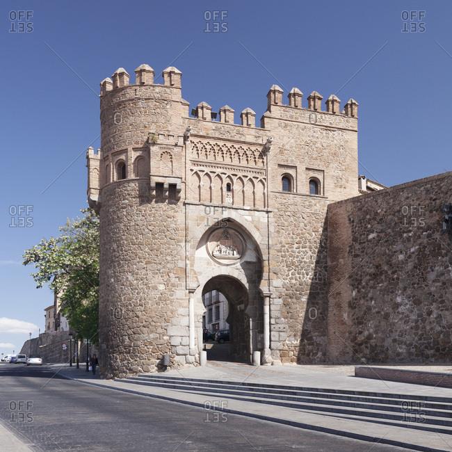 April 18, 2017: Puerto del sol town gate, Toledo, kastilien-la mancha, spain