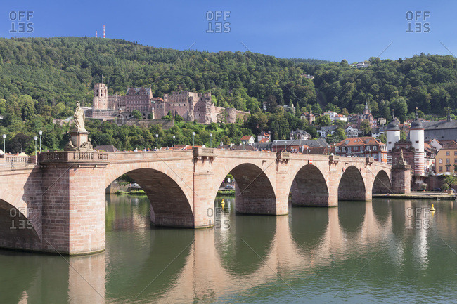 View over the neckar (river) to the old town with karl-theodor-bridge (bridge), bridge gate and castle, heidelberg, baden-wurttemberg, Germany