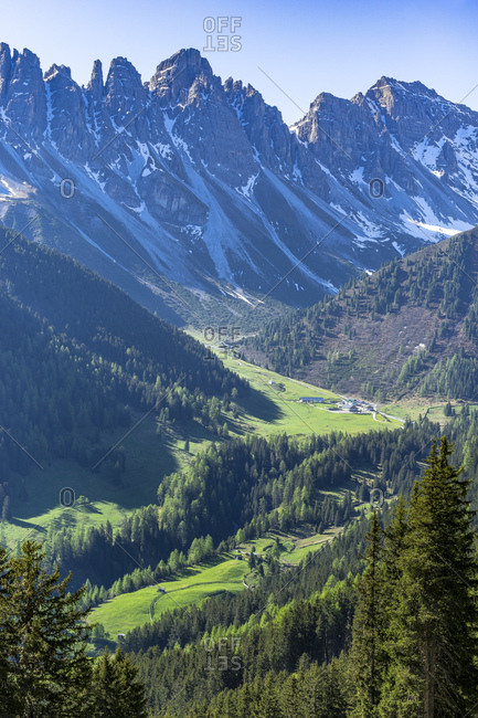 Austria, tyrol, grinzens, salfeins, view from the salfeinsalm to the kemater alp and the kalkkogel