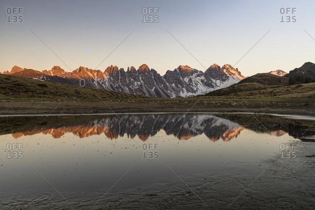 Austria, tyrol, grinzens, salfeins, evening mood at the salfeinssee in the stubai alps