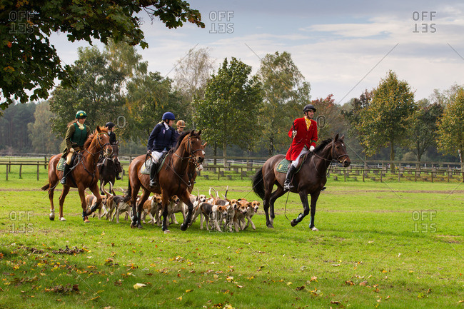 September 7, 2013: Horseback hunting after the cry of hounds