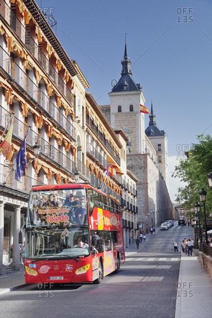 April 18, 2017: Tourist bus, alcazar, military museum, Toledo, kastilien-la mancha, spain
