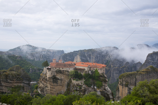 Picture of the rocky landscape around meteora