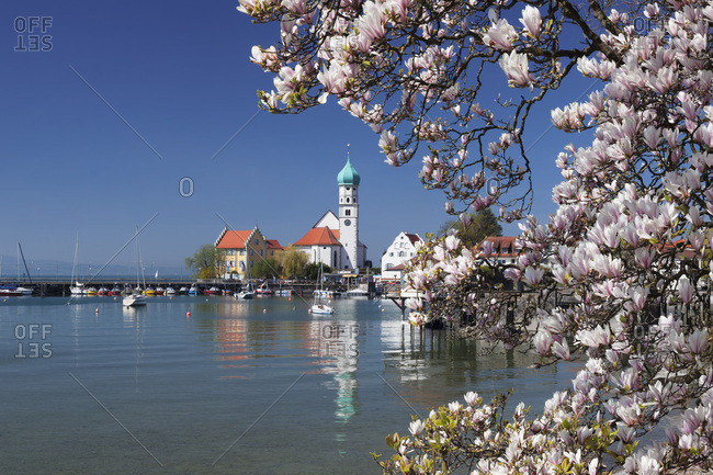 Peninsula wasserburg with church st. georg and wasserburg castle, lake constance, swabia, bavaria, Germany
