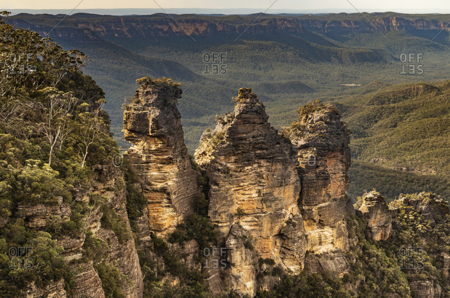 Blue Mountains in NSW Australia - 3 sisters
