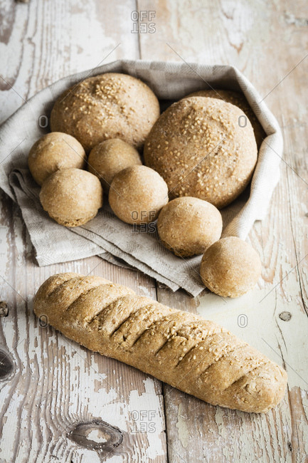 Crunchy home-baked buns and baguette
