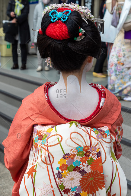 Traditionally dressed geisha in the old quarter of Kyoto, Japan